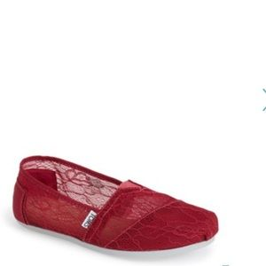 Toms Classic Lace Slip-on Flat